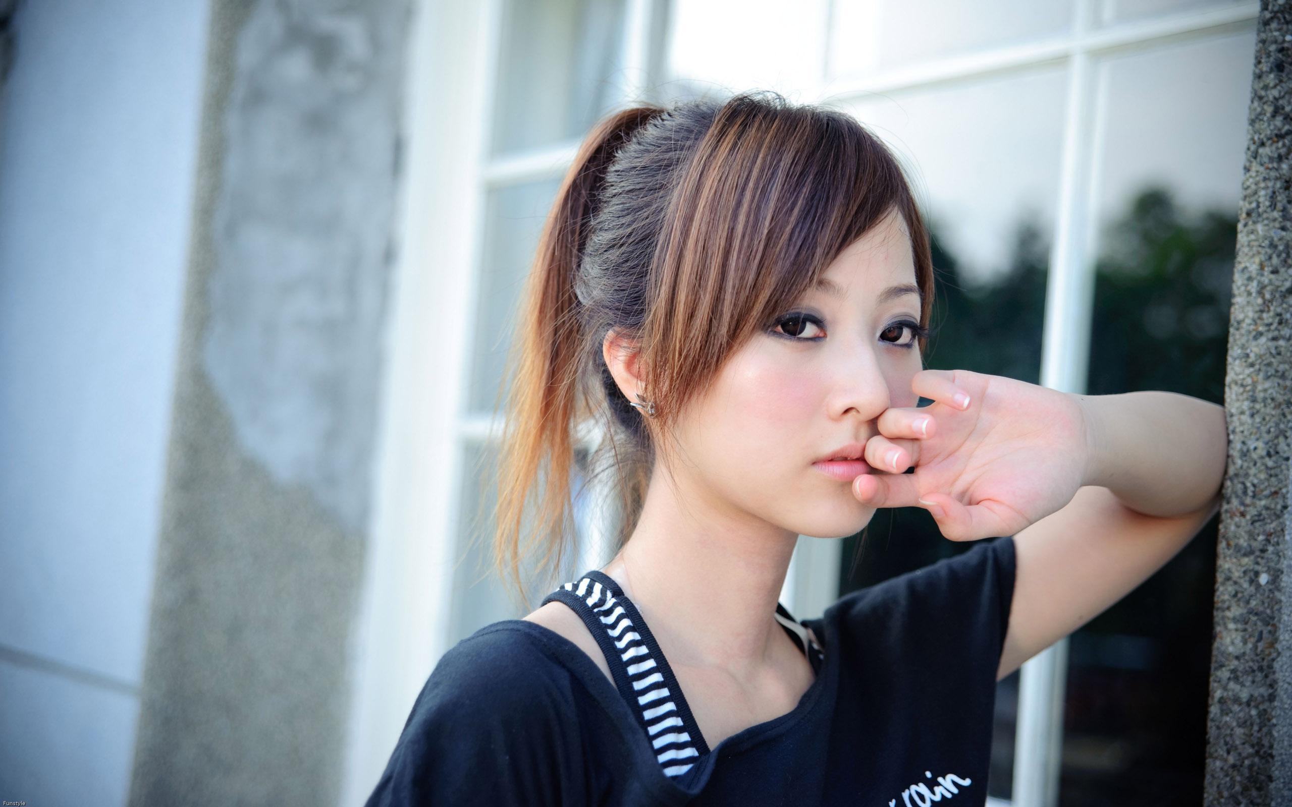 【Windows7壁纸】2560x1600宽屏壁纸 台湾MM