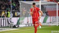 德甲第23轮狼堡1:2拜仁 罗本造两球 莱万点球绝杀